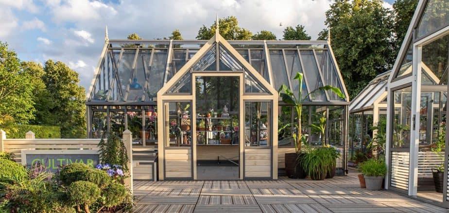 greenhouse fresh air