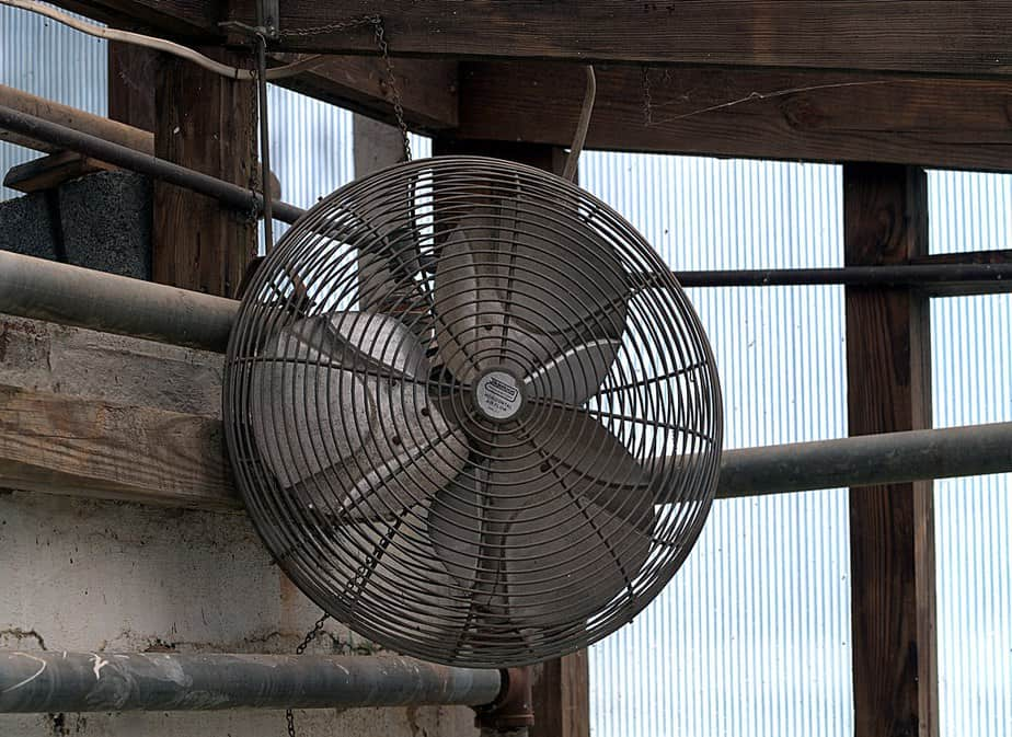 types of greenhouse fans circulation