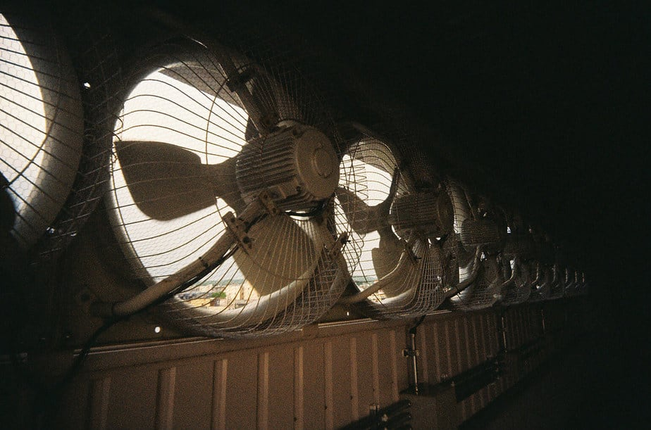 how do exhaust fans work