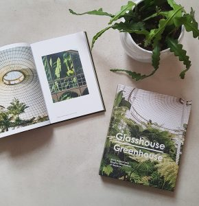 Read more about the article 5 Must Read Greenhouse Books